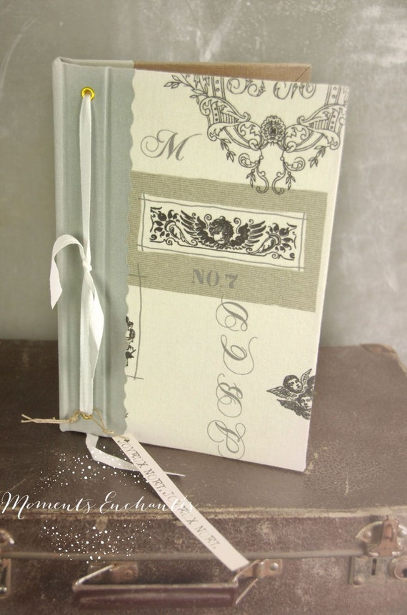 Garden book  bird  Guest book toile de jouy angel