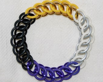 Stretchy Non-Binary Pride chainmaille bracelet