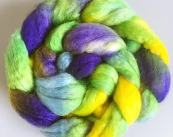 Mardi Gras - Hand-dyed combed tops roving for spinning 100g green purple yellow