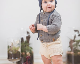 Knitted baby sweater, Baby boy coming home outfit, knitted baby clothes, knit sweater, baby boy clothes, hand knit sweater, Baby shower gift