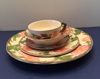 Franciscan ~ Desert Rose ~  5 Pc Place Setting ~ Dinner Plate Salad Plate Bowl Saucer Cup ~ Johnson Bros ~ Made in England ~ Vintage