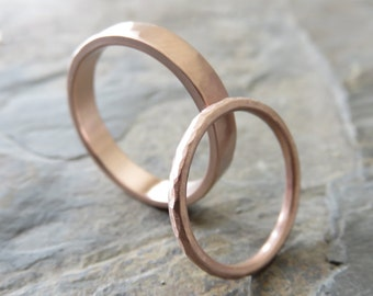 Hammered Matching Wedding Band Set in Solid 14k Yellow or Rose Gold - 1.6mm Round and 4mm Flat Bands - Choose Polished or Matte Finish