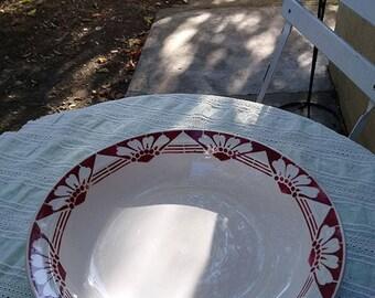 """Scott"" porcelain round dish"