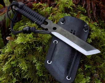 Integrity Implements GEN II AF1 Kaiju Black Hand made hammer forged knife