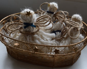 Christmas Angels set of 6 in a basket