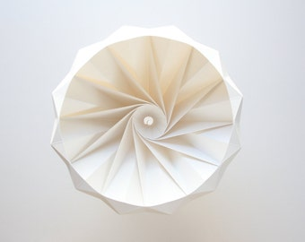 Chestnut paper origami lampshade white