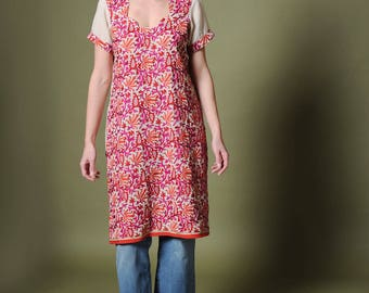Vintage dress Vintage 70s caftan Ivory fuchsia caftan Embroidered dress Ethnic tunic Boho dress Hippie style Bohemian Caftan Kaftan dress