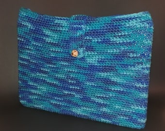 Laptop Case made in chochet