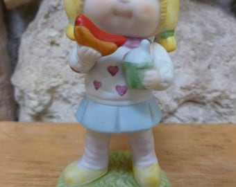 VTG 1985 Cabbage Patch looking Eating at the Drive In figurine SIGNED