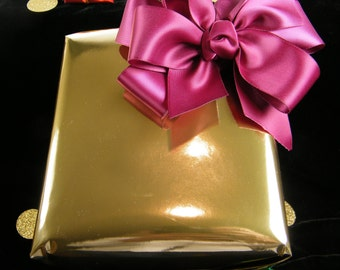 Gold Foil Gift Wrap Paper   Luxury Heavy Duty Wrapping paper   High Shine Gold    Gold Holiday Gift Wrapping paper   Liner   10 Foot Roll