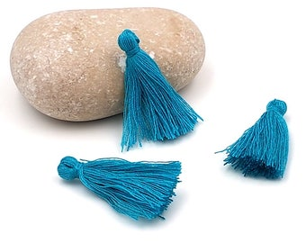 50 mini tassel 25mm peacock blue