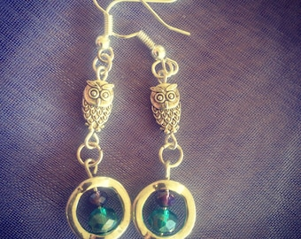 Twit Twoo, Owl Earrings for Yoouuu. Handmade Earrings, Purple and Green, Sparkle