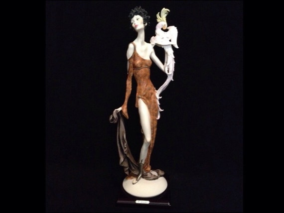 FREE SHIPPING-Fabulous-Made In Italy-Giuseppe Armani-616-C-Lady With Parrot-Limited Edition-217/5000-Sculpture
