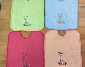 Bib baby bib embroidered personalized pattern applied to choose from-giraffe, cat, frog, bambi, whale...