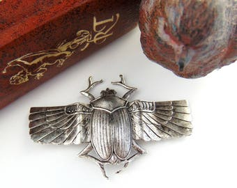 ANTIQUE SILVER * Large Scarab With Wings Beetle Stamping ~ Jewelry Findings (C-406)