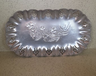 Hammered Aluminum Bread Tray