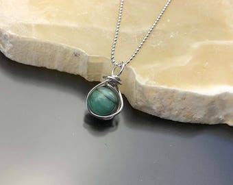 Natural Emerald Necklace, May Birthstone Necklace, Green Gemstone, Sterling Silver, Emerald Pendant, Each Stone is Different