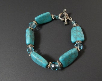 Faux Turquoise Stones Silvertone Metal Bracelet Blue Plastic Beads