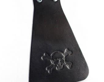 Leather mud flap dirt catcher Pirate skull