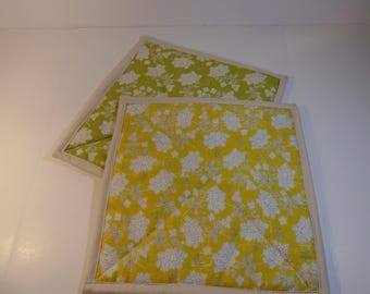 Hot Pads - Yellow and Green