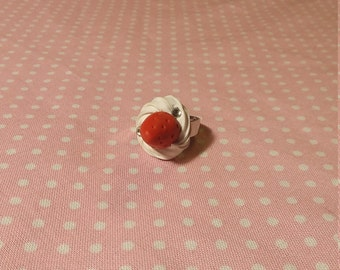 Strawberry Whipple ring with gems