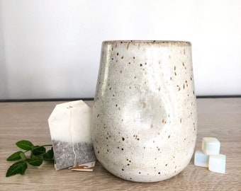 Dimple vessel - Speckle stoneware clay with White glaze - Vase, Carafe, Cup, Mug