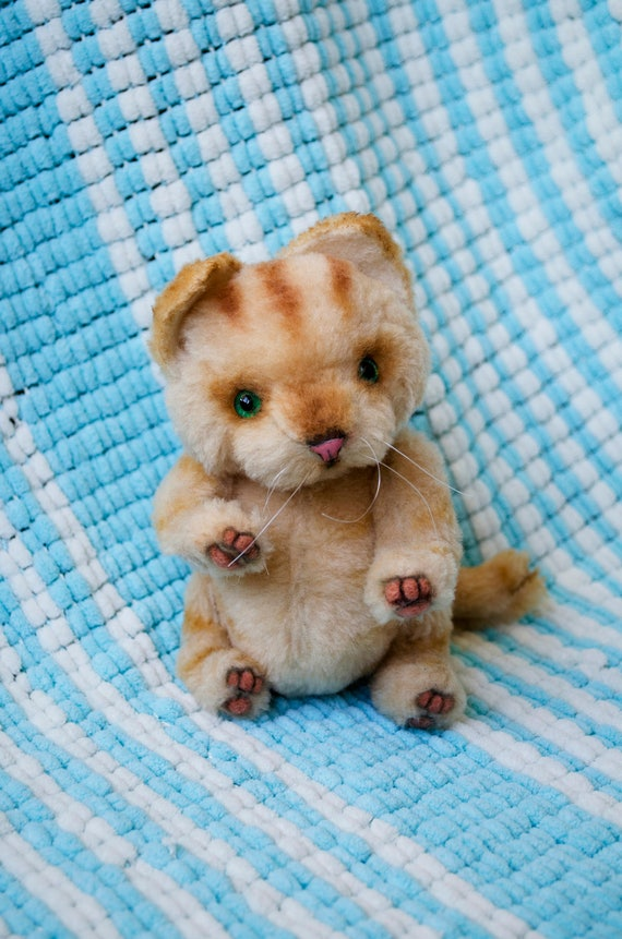 Beige-Teddy Katze Künstler Teddy Katze süße Kätzchen Künstler
