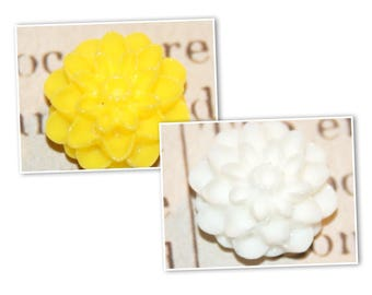 2 sconces 16x9mm resin dahlia flower