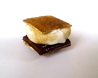 S'mores Magnet Miniature Food Magnets Cute  Fridge magnets  Chocolate Accessory Minature Food Art Unique Gift Fun Gift