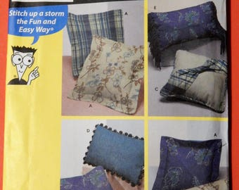 Simplicity 9873 Sewing Patterns for Dummies pillow pattern Uncut