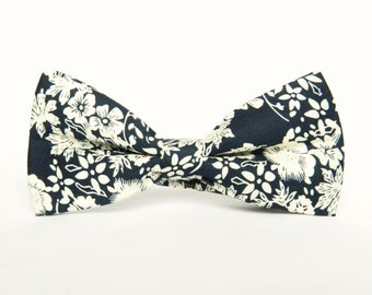 Navy blue floral bow tie Pre-tied bow tie gift for men floral navy blue wedding bow tie