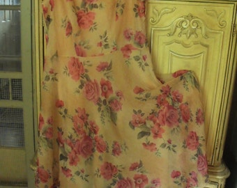 Size 16 Rose Covered, Ruffled Dress/ Retro Thrifted Couture/ 50s Style, Full Skirt, Rose Print/ Shabbyfab Couture