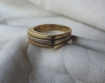 14k gold ring modern size 8 3/4 gold band