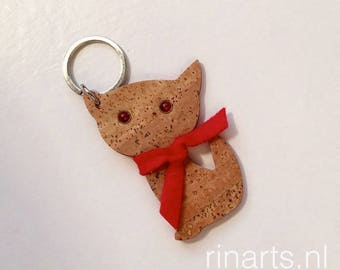 Cat keychain / cat keyfob / cat bag charm Kitten Meow in natural cork.  Gift for cat lovers.