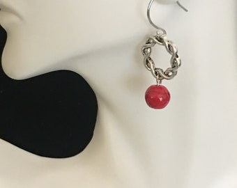 Twist ring and red bead earrings