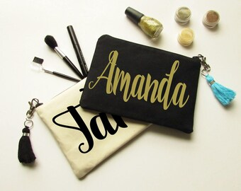 Make up Bag Personalized - Monogram Makeup Bag - Cosmetic bag with Tassel - Zipper Pouch - Bridesmaid gift - Party gift - Medium