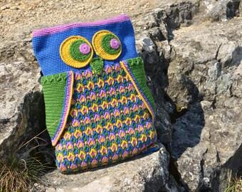 PATTERN - Crochet Owl pillow, Bag or Backpack - overlay crochet - instant download