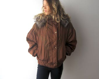 Vintage Women's Winter Skiing Jacket Faux Fur Trim Parka Coat Medium Size Brown Bronze Jacket Detachable Hood Coat Cropped Parka Coat
