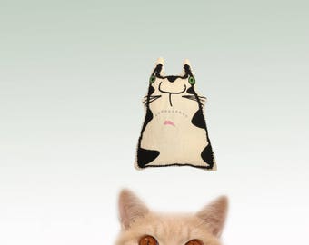 freak Meowt, Handmade, Unique, Canadian Catnip cat toys, Hank The Cat, cool cat toys, Gifts for cats, cat toys