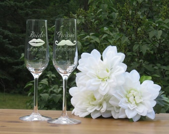 Bride and Groom Crystal Champagne Glasses / Lips and Moustache / Set of 2 / Engraved Champagne Flutes / Wedding Glasses