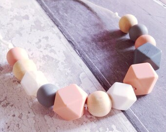 Silicone Teething Necklace / Nursing Necklace 'Darcey' Pink / Grey / New Mum Gift / Baby Gift / Teether / Fiddle Beads /Teething / Breastfed