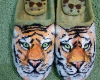 Slippers felted handmade Tigers