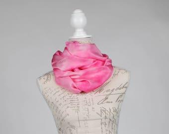 Pink infinity scarf  / light pink infinity silk scarf / pink circle scarf/ pink circle scarf / Hand dyed / 100% habotai silk