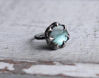 Labradorite ring in size 7,6 US (56mm)