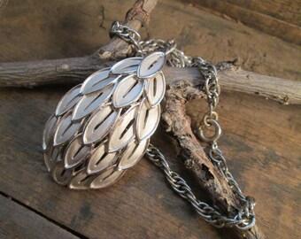 Vintage Silver Tone Crown Trifari Leaf Pendant Necklace
