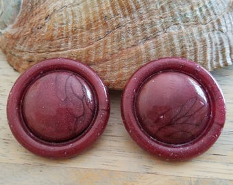 Vintage Big Plastic Marbled Burgundy  Button Clip On Earrings