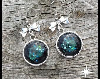 Earrings Milky emerald green earrings