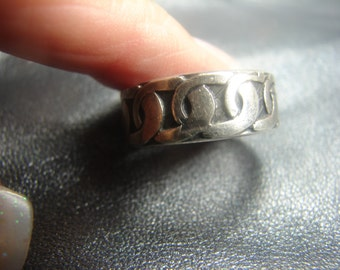 Mexican Sterling 925 Loop Link Design Ring Size 8 1012.