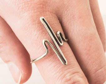 Heartbeat Ring - EKG Heart Beat ring - Delicate Ring - Midi ring - Simple Ring - Small Ring - Silver Ring - Thumb Ring - Wrap Around