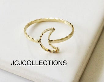 Gold Moon Crescent Ring / Hammered Moon Ring